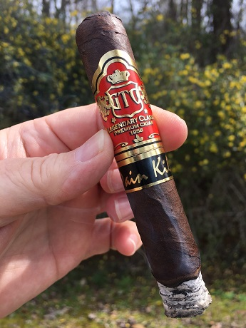 GTO Pain Killer Maduro Robusto 1